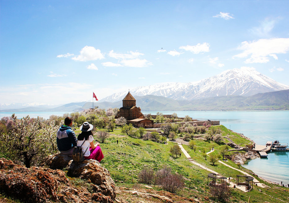 Van-Tatvan-Gevaş Turu